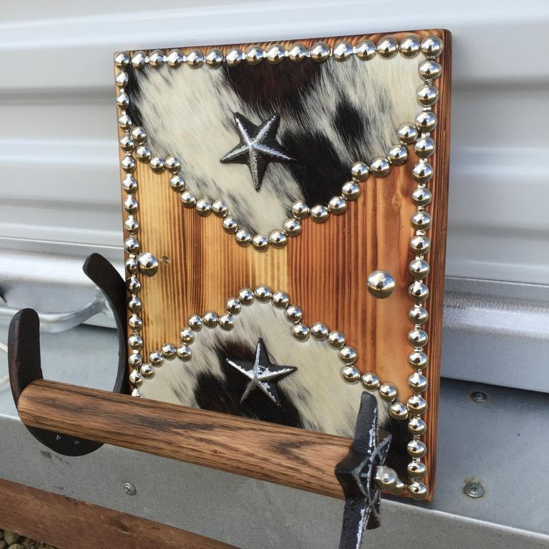 Here Is A COWHIDE WOOD WESTERN DECOR WALL MOUNT TOILET PAPER HOLDER Made To Match The Fancy Mirror Frame That Shown