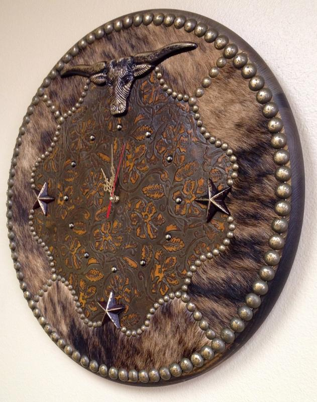 24 Large Round Cowhide Longhorn Wall Clock Signature